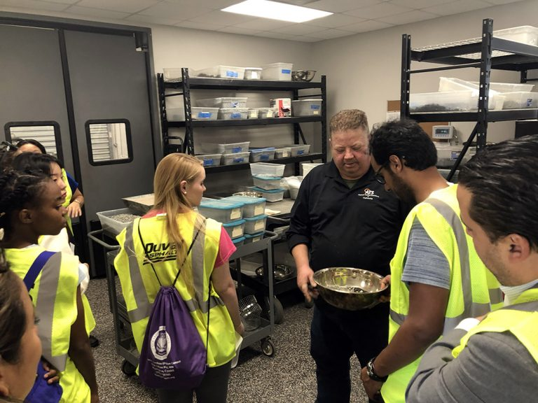 ATS Jacksomville Asphalt Mix Designer Teaches Students